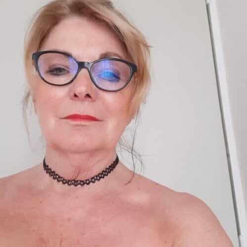 Femme mature et salope veut du sexe gratuit